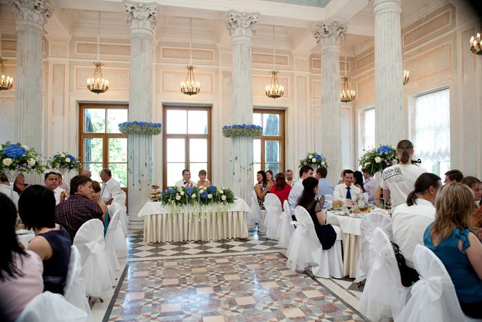 Как рассаживаться на свадьбу