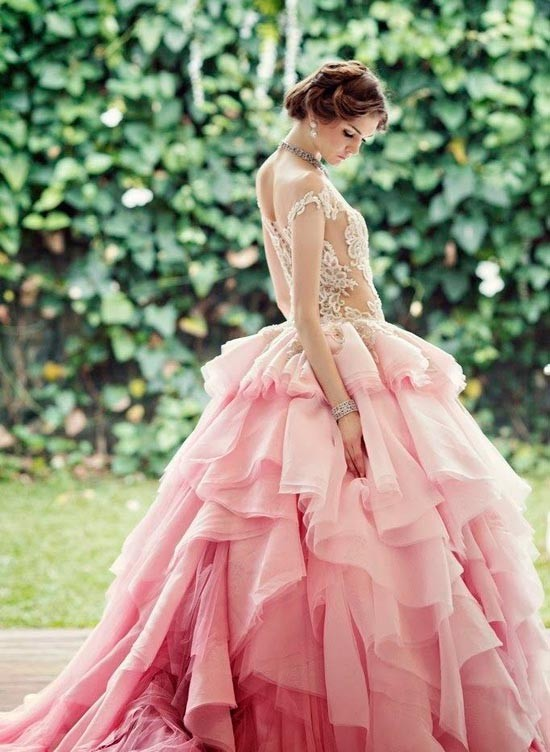 Невесты в розовых платьях