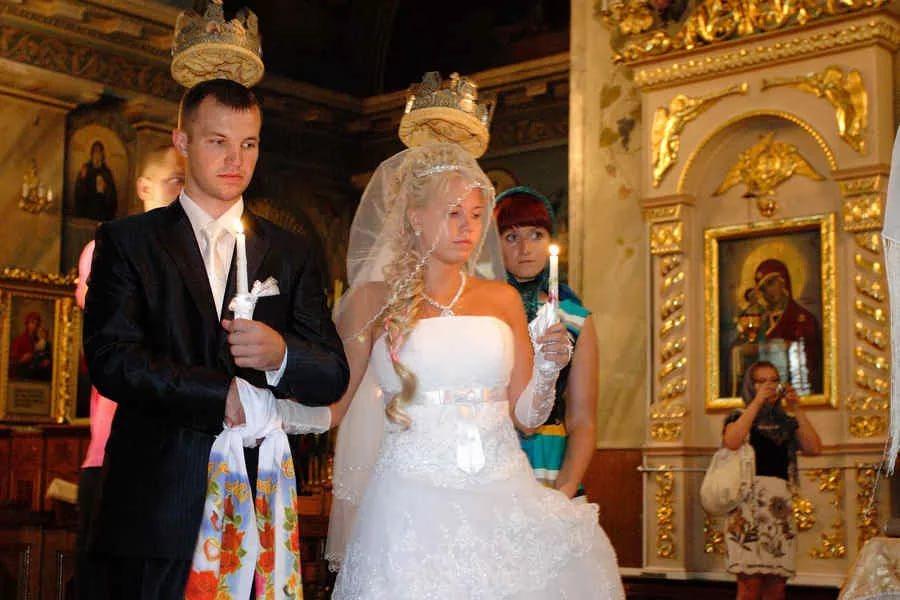 венчание в церкви 1223