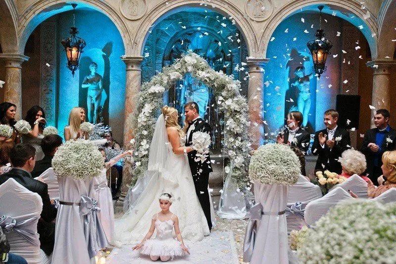 Выездная регистрация брака 14769-