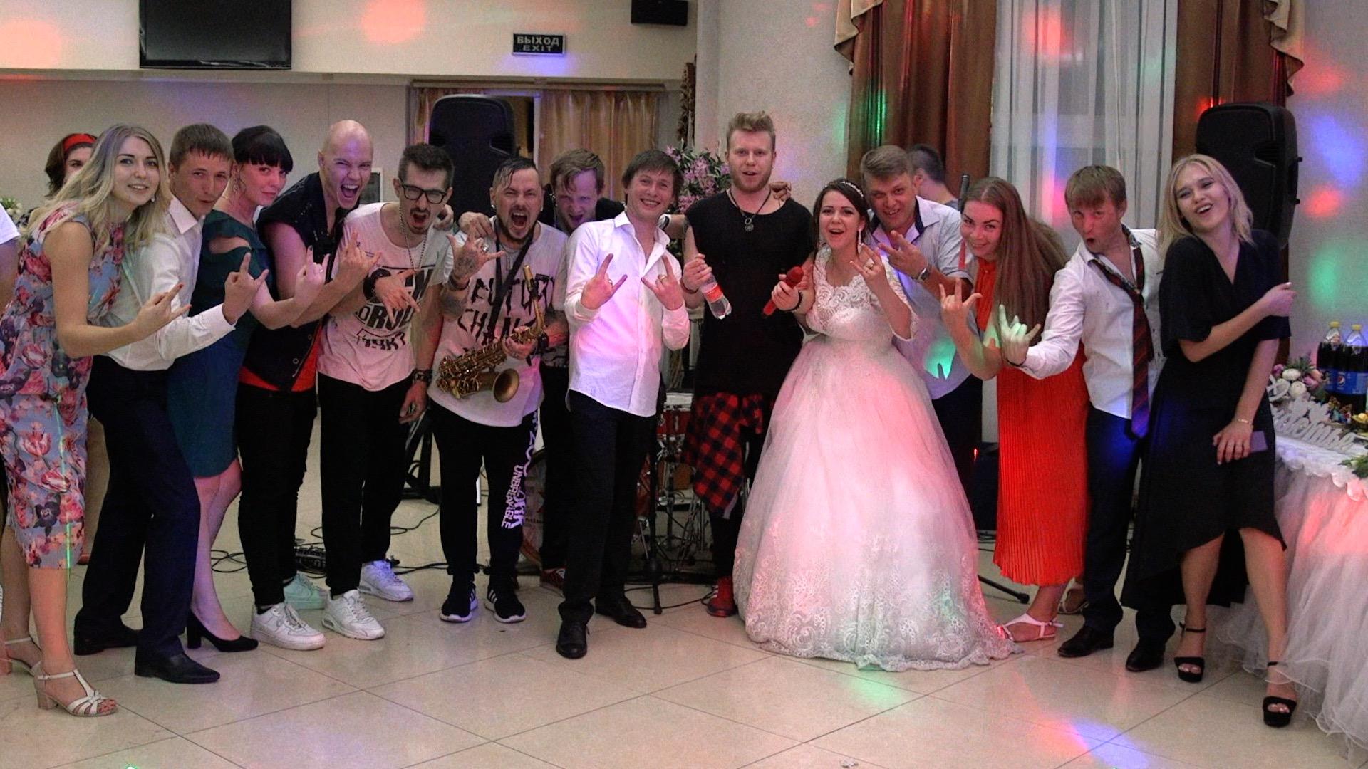Гости на свадьбе и видеосъемка67689